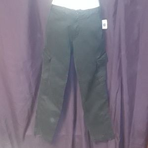 *Gap Slim Casual cargo Pants in Black with pockets